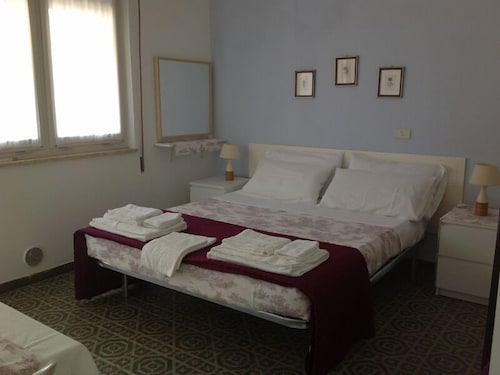 Residence Marche, Fermo