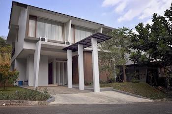 Villa Tirta Syariah - Hotel Front  - #0