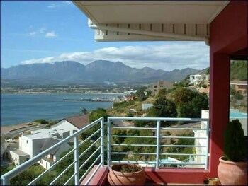 Whaleviews - Balcony View  - #0