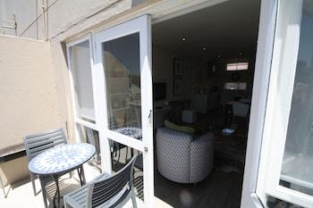 York Mews Apartments - Balcony  - #0