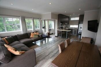 York Mews Apartments - Living Room  - #0