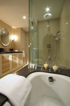 Ningbo Portman Plaza Hotel - Bathroom  - #0