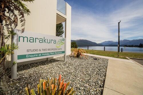 Marakura Deluxe Motels, Southland