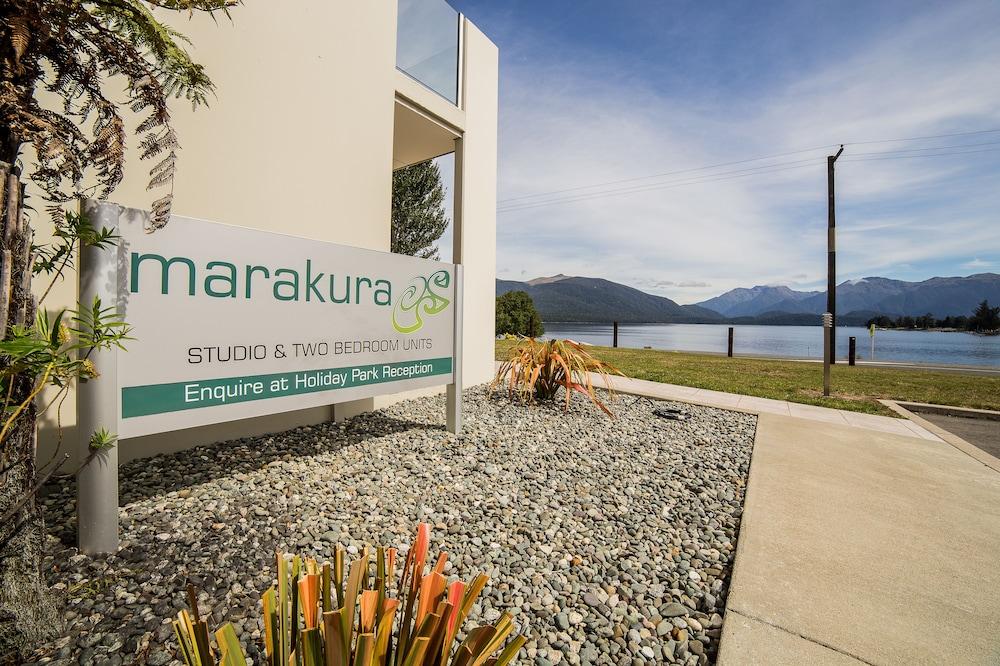 Marakura Deluxe Motels