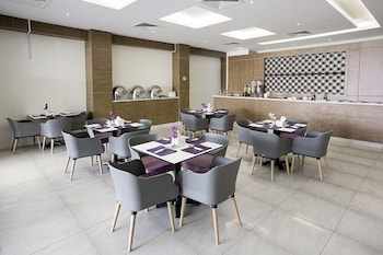 Lily Hotel Suite Hofuf - Restaurant  - #0