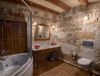 Hotel Temenni Evi - Bathroom  - #0