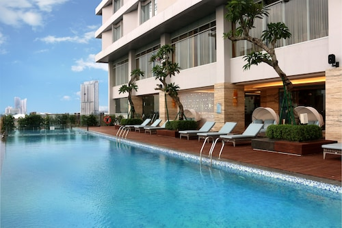 . Vasa Hotel Surabaya