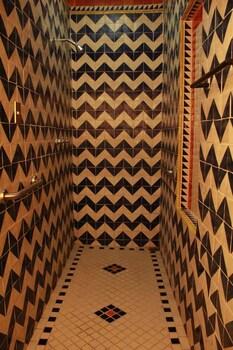 Casa de Espíritus Alegres - Bathroom Shower  - #0
