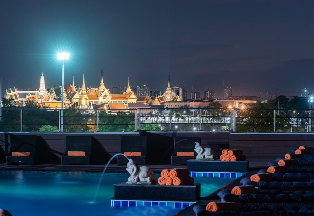 Hotel Dang Derm in The Park Khaosan