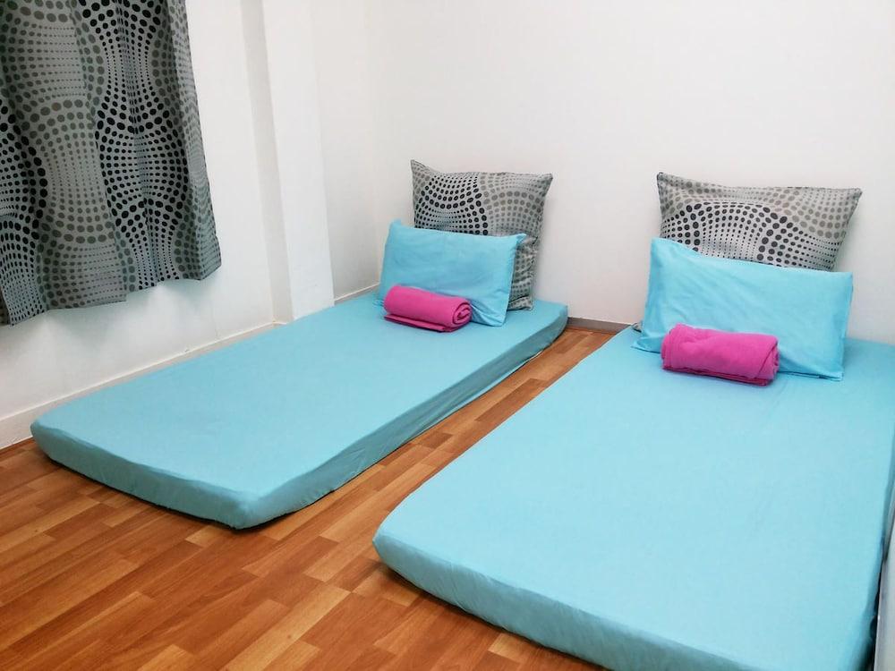 ザ ボッディ ロッジ - ホステル