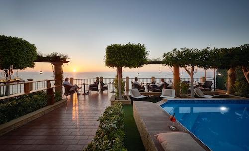 . Hotel Rocca della Sena