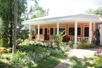 SUNDOWN RESORT AND AUSTRIAN PENSION HOUSE