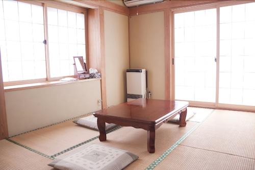 Lodge Marushige, Nozawaonsen