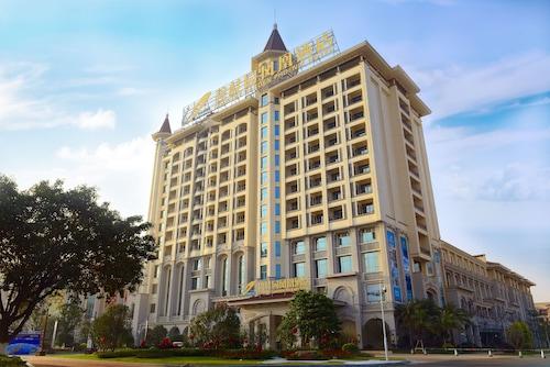 . Longjiang Country Garden Phoenix Hotel