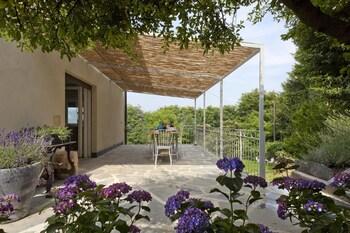 Villa De Hura - Porch  - #0
