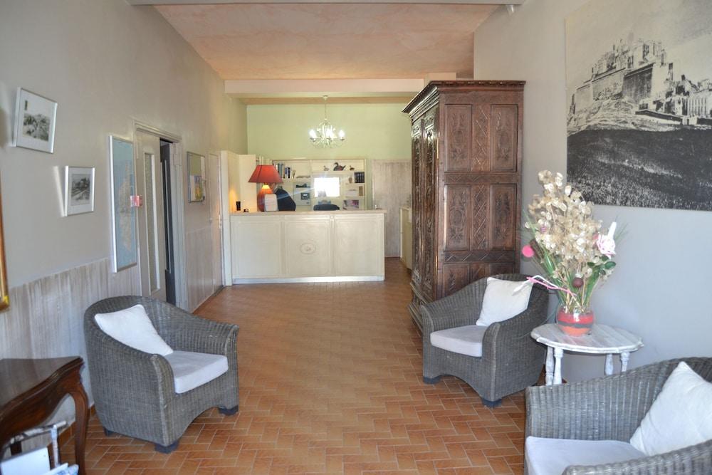 Hôtel Cyrnea