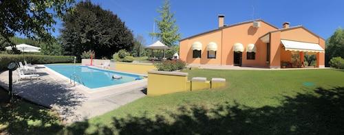 . Villa Fior di Robinia