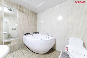 Dom Hotel - Bathroom  - #0