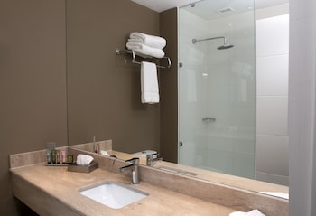 Hotel Manquehue Rancagua - Bathroom  - #0