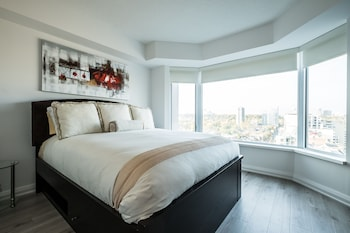 QuickStay - Luxury Executive in Yorkville (Yonge & Bloor) - Guestroom  - #0