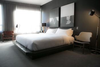 Tuck Hotel photo