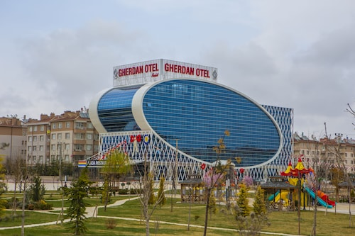 . Gherdan Gold Hotel