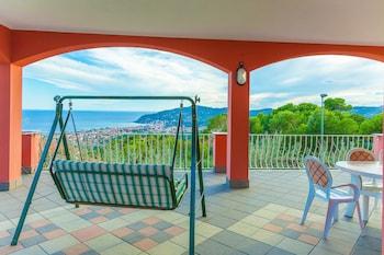 Villa Beatrice Diano Marina - Featured Image  - #0