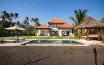 阿瑟玲艾湄峇里別墅飯店