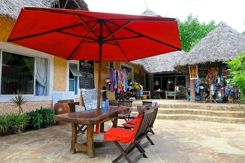 Diani Backpackers - Adults Only, Msambweni