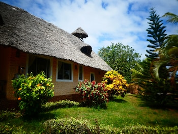 Diani Backpackers - Adults Only - Hotel Front  - #0