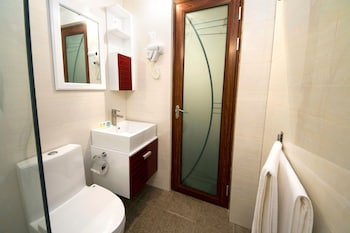 Tropic Tree Hotel Maldives - Bathroom  - #0