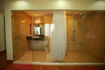 Family Airport Hotel - Bathroom  - #0