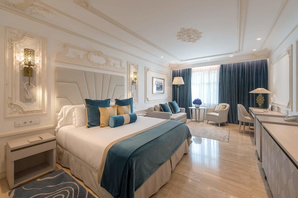 https://i.travelapi.com/hotels/17000000/16890000/16885500/16885459/46580de4_z.jpg