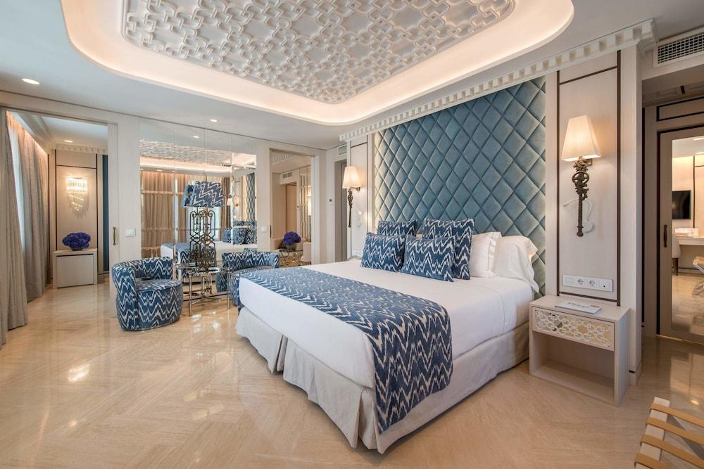 https://i.travelapi.com/hotels/17000000/16890000/16885500/16885459/853fd361_z.jpg