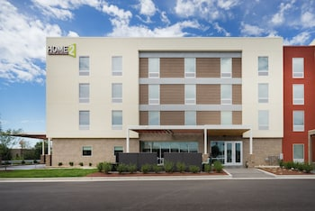 Home2 Suites By Hilton Bowling Green Hotel