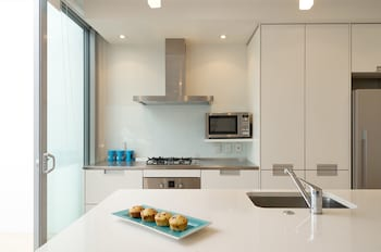 Bayside Apartments - In-Room Kitchen  - #0