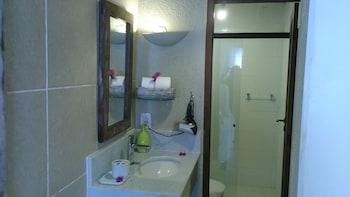 Pousada Praia João Fernandes - Bathroom  - #0