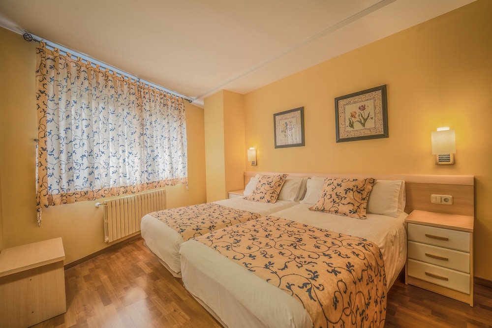 Apartaments del Meligar, Featured Image