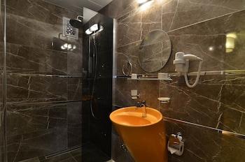 Mia Boutique Hotel - Bathroom  - #0