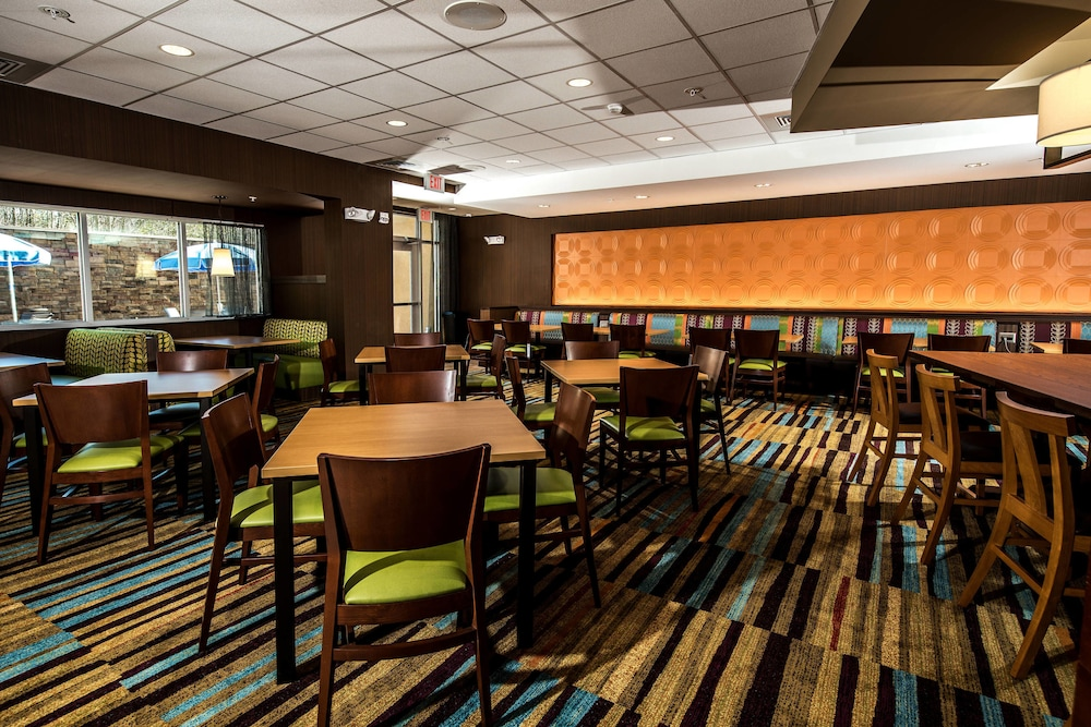 Fairfield Inn & Suites by Marriott Florence I-20 Florence ...