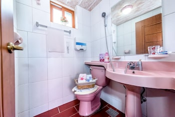 The May of Jeju House Pension - Bathroom  - #0