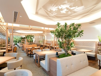 SOLARIA NISHITETSU HOTEL KYOTO PREMIER Breakfast Area