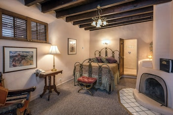 Hotel - The Historic Taos Inn