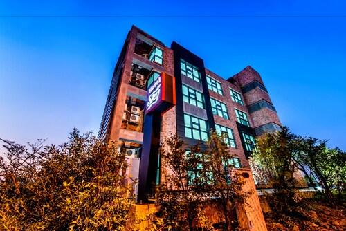 Sky Hotel, Jeju