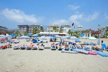 Lavinia Apart Hotel - Beach  - #0