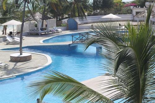 Twiga Beach ClubViaggi Resort Watamu, Kilifi North