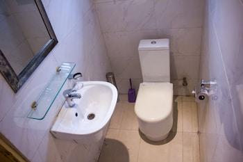 Dv8 Hotels - Bathroom  - #0