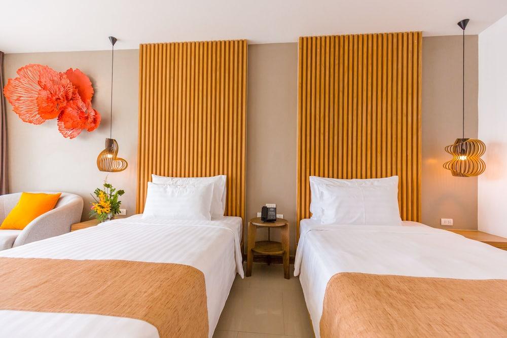 https://i.travelapi.com/hotels/18000000/17070000/17060700/17060685/49592b07_z.jpg