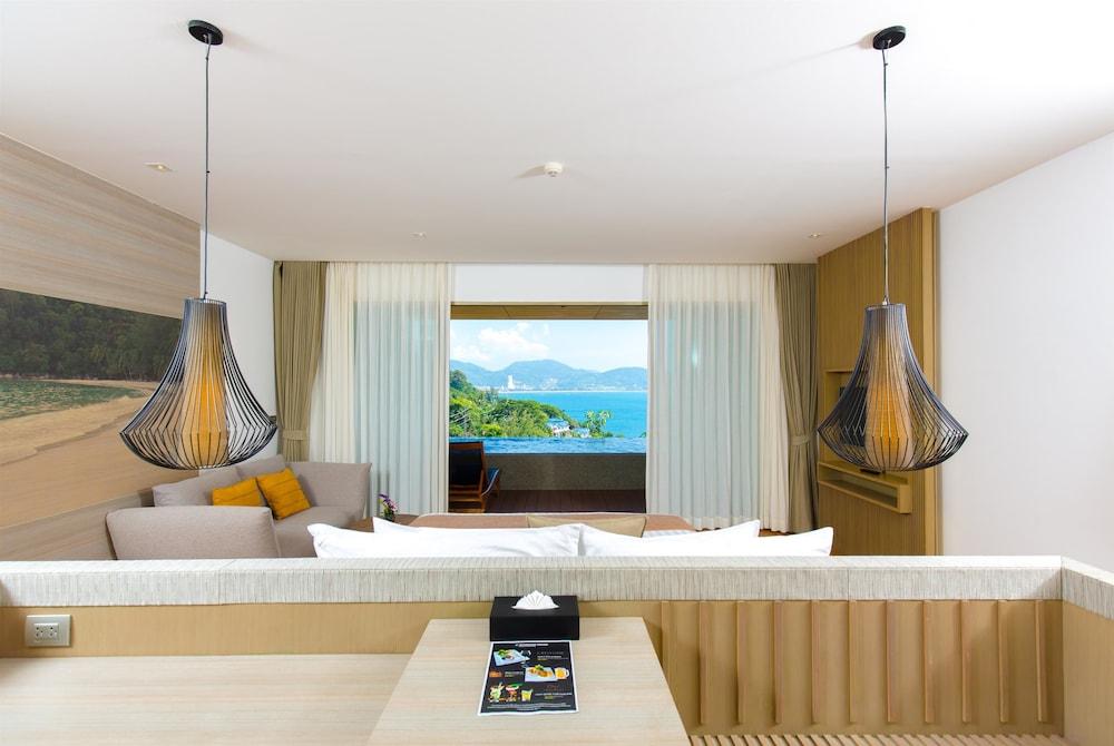 https://i.travelapi.com/hotels/18000000/17070000/17060700/17060685/59a51428_z.jpg