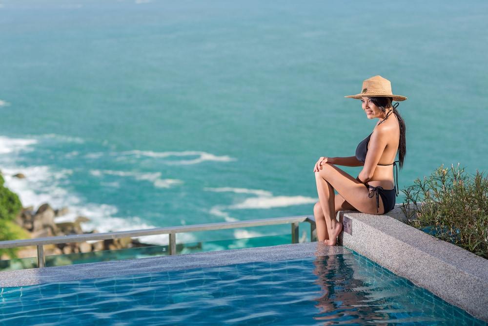 https://i.travelapi.com/hotels/18000000/17070000/17060700/17060685/ab594ead_z.jpg